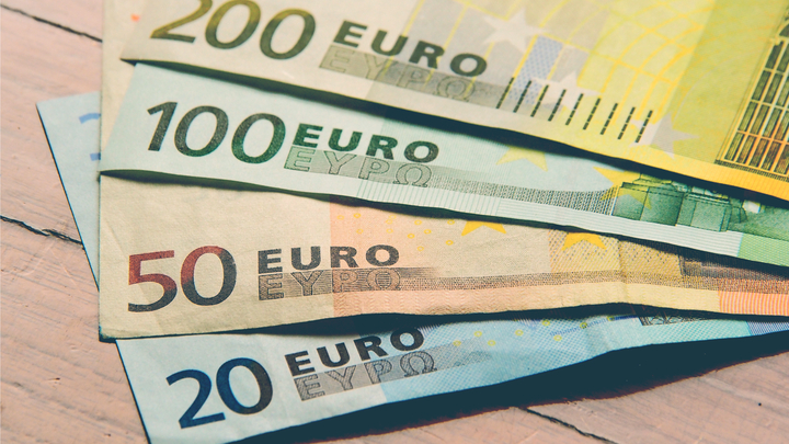 Money in the Netherlands: Banks, ATMs, cards & currency