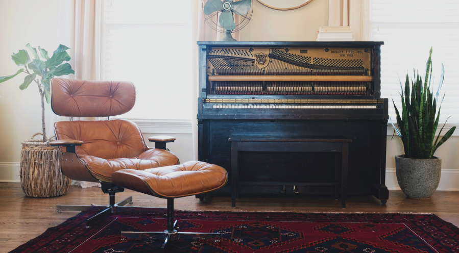 piano-in-living-room